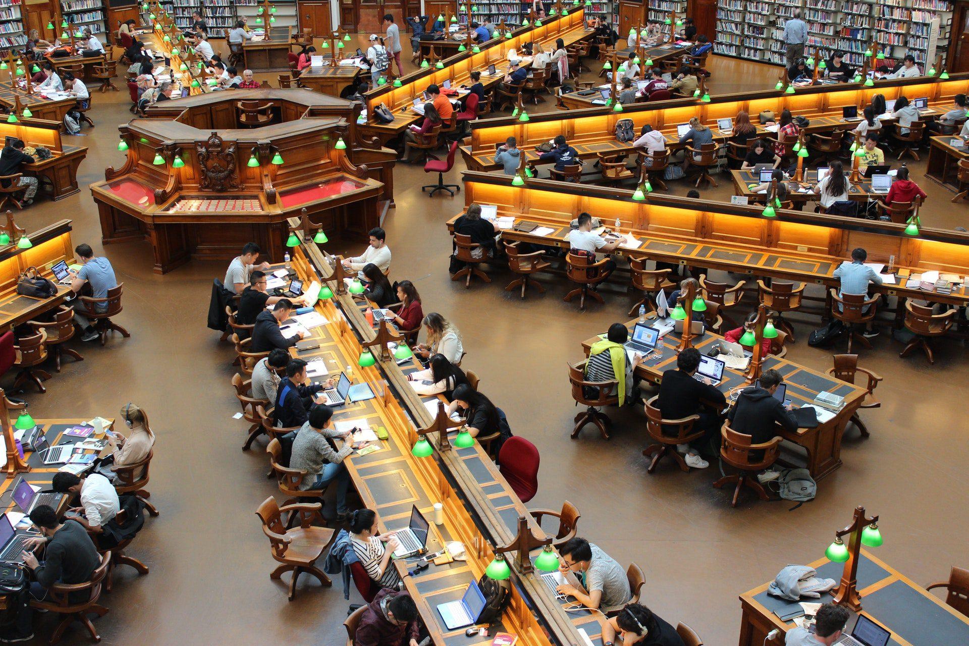 Student Academy Comment réussir son blocus assisté en juillet à Bruxelles ?