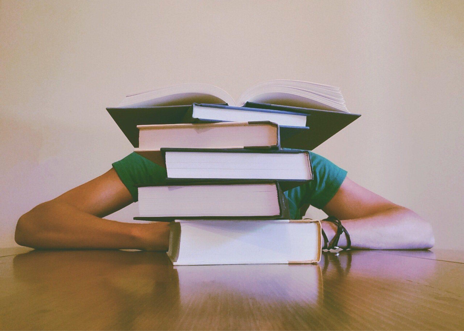 Student Academy Comment faire pour mémoriser de grandes quantités de matière?