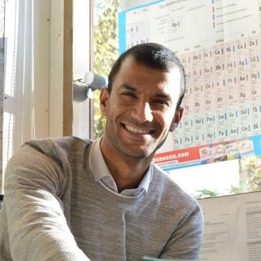 Student Academy Prof de math, physique, chimie