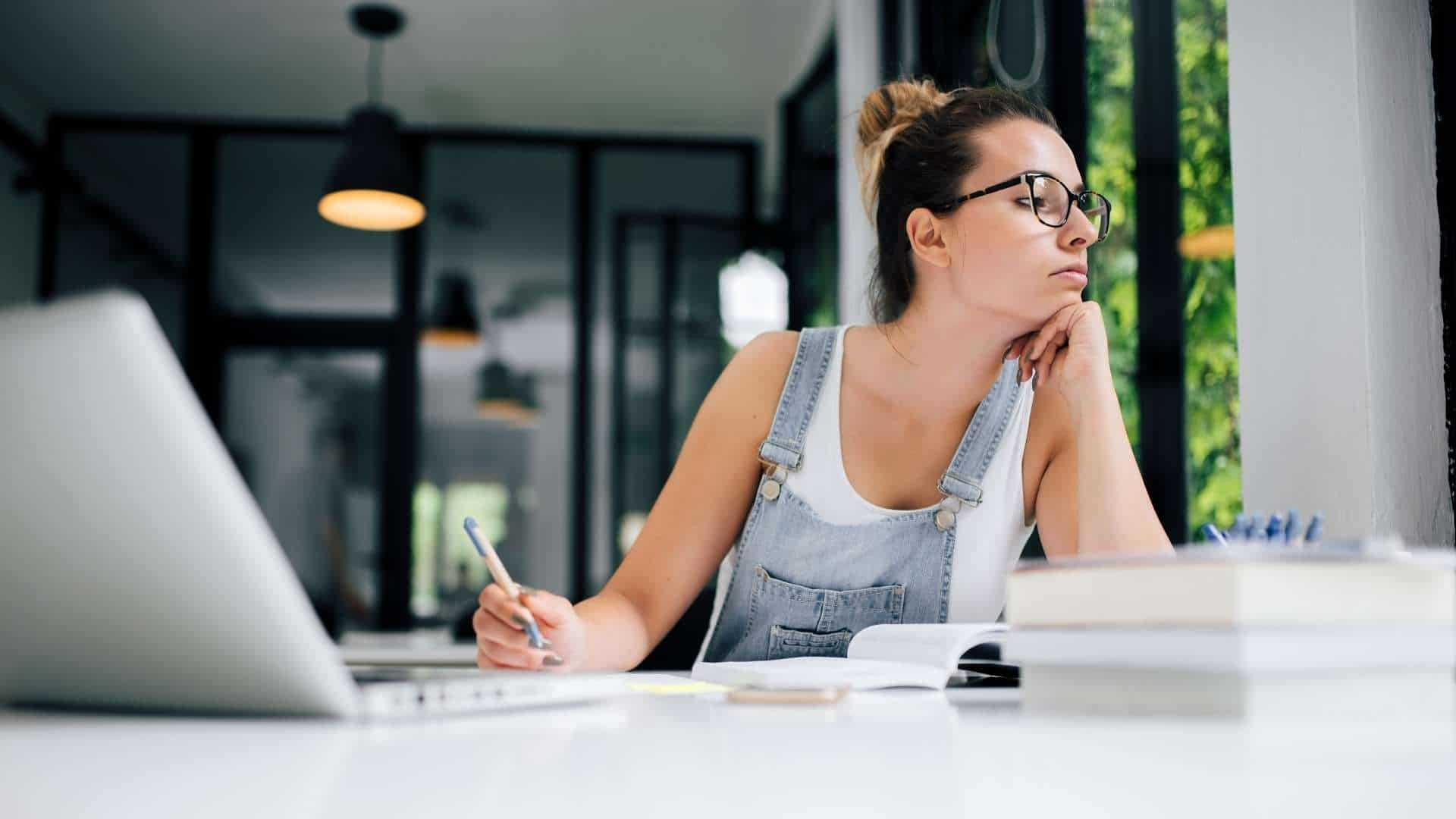 Student Academy Comment arrêter de procrastiner ?