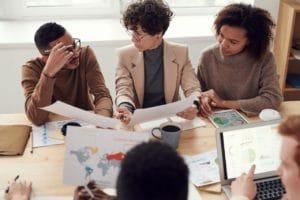 Travailler en groupe | Arrêter de procrastiner | Student Academy